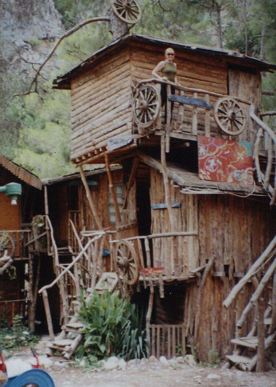 Backpackers Hostels Kadirs Tree Houses Turkey The