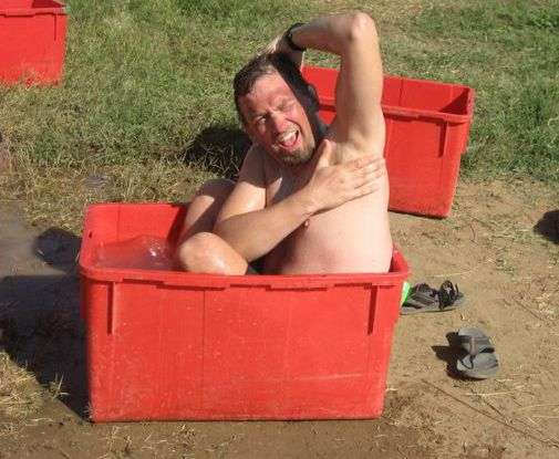 Funny Travel Photo - Plastic Box Bathtub