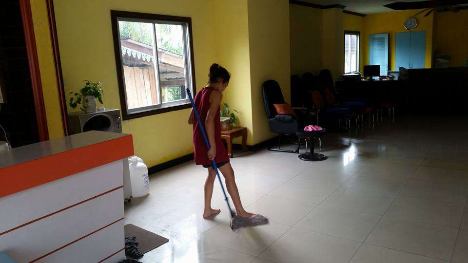 Cleaning Services - Thai Style